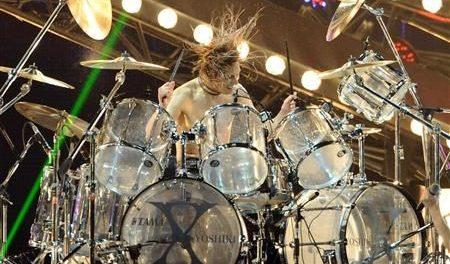 YOSHIKI、紅白で「強行ドラム演奏」へwwwwwwww