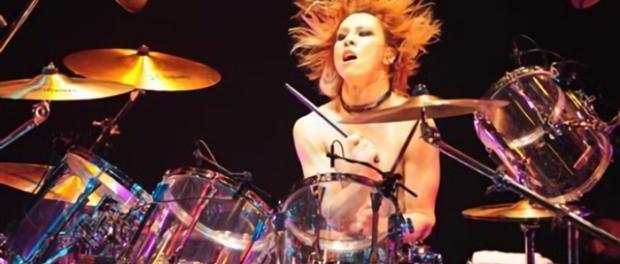 X JAPAN YOSHIKI、ドラム復帰を緊急予告!