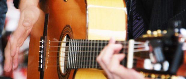 音楽専門学校の生徒「好きな歌手は歌い手!アニソン歌手!音楽はYoutubeで聴いてる!」講師激怒