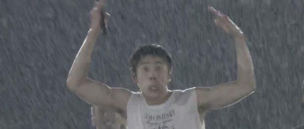韓国アイドル・東方神起のメンバーが日産スタジアムライブで猿真似ポーズをし「日本人蔑視」だと炎上(動画あり)