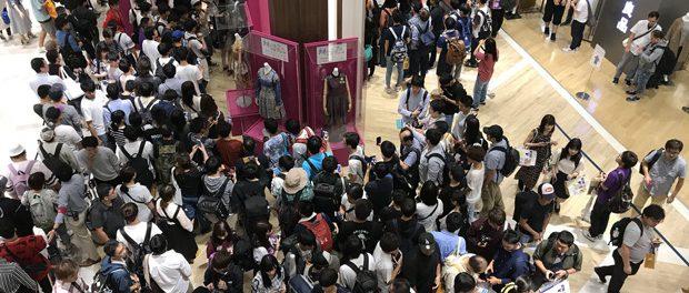 仙台駅で乃木坂ファンのキモヲタが一般客に「コースターくれ」と乞食する声かけ事案発生wwww 一般客ドン引きでクレーム殺到