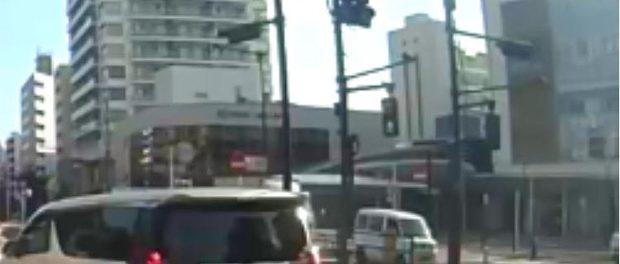 吉澤ひとみのひき逃げ動画をフライデーにリークした運送屋、2ch(5ch)の芸スポ板で映像の公開方法を相談していたwwwww