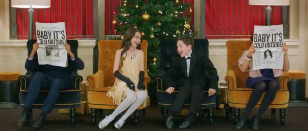 アメリカの女さん「クリスマスは一夜を一緒に過ごそうとかのセクハラ歌を流すな! #MeToo!」