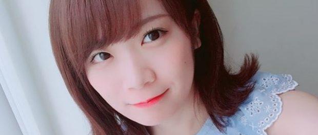 【悲報】秋元真夏さん、頭がデカすぎる…