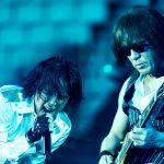 平成最強のロックバンドってB'zかGLAYかELLEGARDENのどれやと思う?