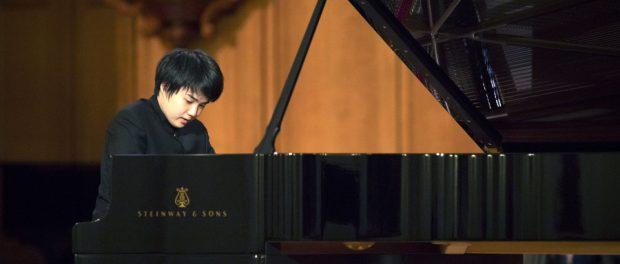 【画像】チャイコフスキー国際コンクールピアノ部門で2位になった藤田真央さんがこちら